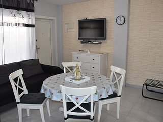 Lovely apartment within walking distance to the beach La Mata