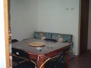 Centro storico casa vacanze indipendente con terrazza a livello tre posti letto