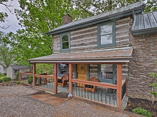Douglas Lake Cabin w/Dock- 30 Min to Pigeon Forge!