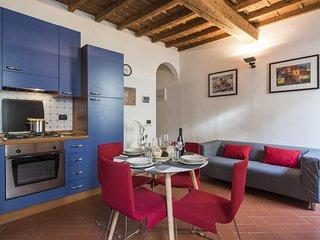 Vivian  apartment in Santa Croce with WiFi.