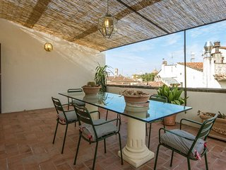Spacious Duomo Vigna Nuova  apartment in Duomo with WiFi, integrated air conditi