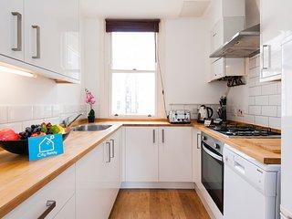 The Homey West Kensington Apartment - KDY