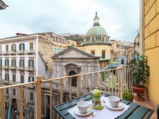 Toledo  apartment in San Giuseppe with WiFi, private terrace & lift.