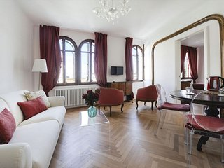 Savina apartment in Santa Croce with WiFi, integrated air conditioning, private