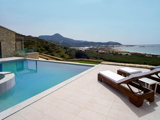 Villa Bespoke 2/ Lavish design, great sea view. close to the beach of Falassarna