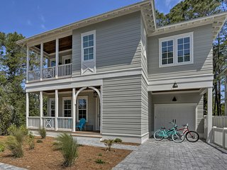 NEW! Large, Modern Santa Rosa Home -Walk to Beach!