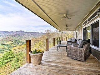NEW-Private Blue Ridge Home w/Mtn. Views & Hot Tub