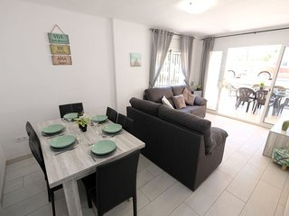 4 bedroom Apartment in Salou, Catalonia, Spain : ref 5625432