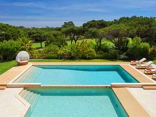5 bedroom Villa in Ludo, Faro, Portugal : ref 5610356