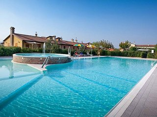 3 bedroom Villa in Roncaglia, The Marches, Italy : ref 5638611