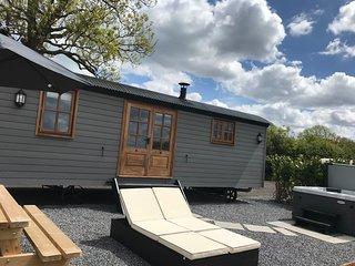 Dreamhuts Retreat- Shepherds Bliss