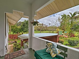 NEW! Airy Apartment 5 Minutes to Downtown Hilo!