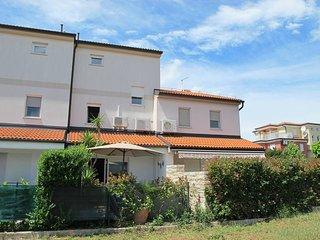 3 bedroom Villa in Novigrad, Istarska Zupanija, Croatia : ref 5439339