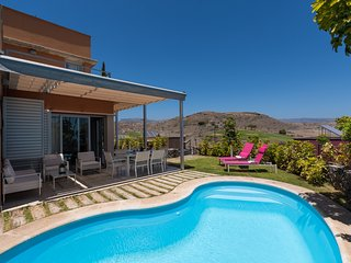 AMAZING VILLA WITH PRIVATE HEATED SWIMMING POOL