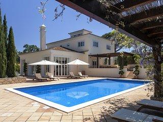 5 bedroom Villa in Quinta do Lago, Faro, Portugal : ref 5610352