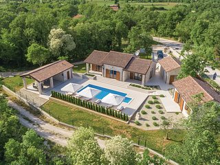 3 bedroom Villa in Zuzici, Istria, Croatia : ref 5547475