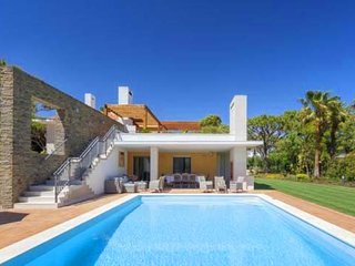 4 bedroom Villa in Quinta do Lago, Faro, Portugal : ref 5610603
