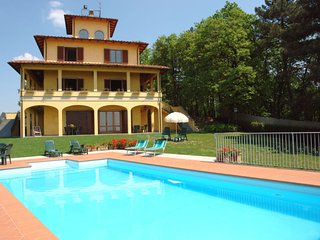 4 bedroom Villa in Mungherino, Tuscany, Italy : ref 5625413