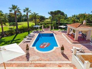 6 bedroom Villa in Ludo, Faro, Portugal : ref 5610353