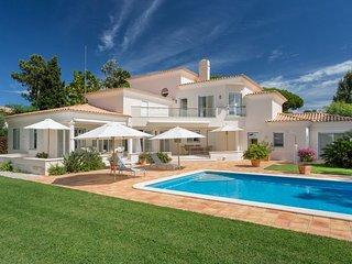 3 bedroom Villa in Quinta do Lago, Faro, Portugal : ref 5610355