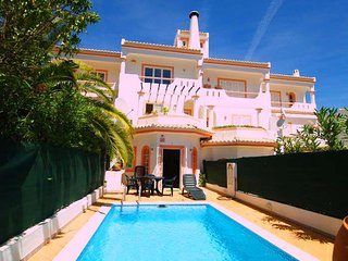 2 bedroom Villa in Vale do Garrao, Faro, Portugal : ref 5622200