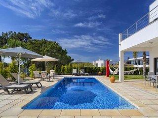 2 bedroom Villa in Quinta do Lago, Faro, Portugal - 5608572
