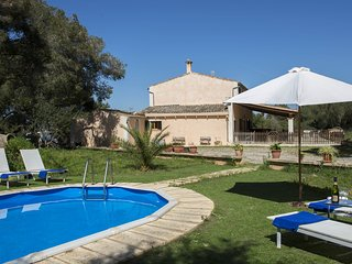 Finca Son Felip. w/ pool, WiFi and parking