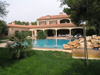 Villa Tosca. Son Menut w/ pool, WiFi, garage