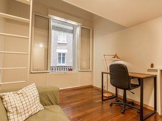 Studio tout meuble Montmartre
