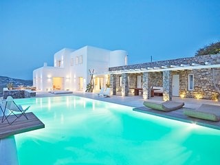 Villa Alexandra, luxury villa with view and private swimming pool