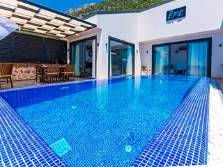 Brand New 2 Bedroom Villa with Secluded Heated Pool and Spectacular Sea Views