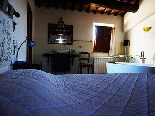Suite matrimoniale in Casale con vasca da bagno panoramica