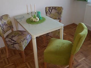 Apartments Aora - Green EXCELLENT Location & Very Comfortable