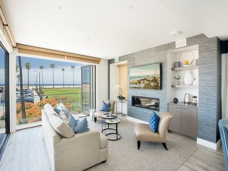Brand New Contemporary Oceanfront Luxury Home.Panoramic Views,Great Location!