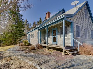 NEW LISTING! Tree-lined cottage, screened porch & beach access-4 miles to Acadia
