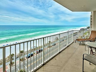 Unobstructed GULF VIEW DLX Beach Condo*Seascape Resort Pool/HotTub +VIP Perks