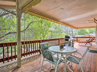 Groveland Resort-Style Home w/Grill near Yosemite!
