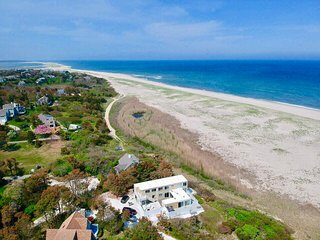 5-BR Beach House Directly On Nauset Beach, Best Views on the East Coast 017-O