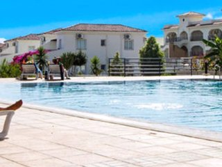RP294 - Lovely 2Bed apartment opposite pool, Hilltop, North Cyprus