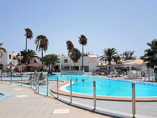 LONG TERM LETS 1 BED APARTEMENT CALETA DOWN AREA