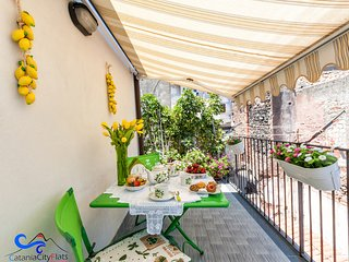 Catania City Flats Lemon