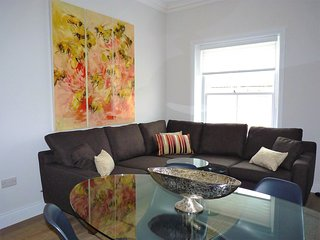 Bicknell Lascelles - penthouse apartment just off seafront