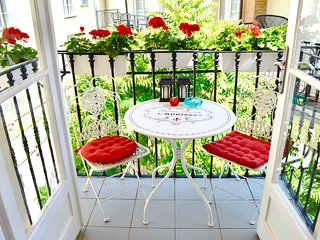 Tranquility, Elegance Style, Old Town Balcony, Old Town squ and Ch-bridge 2 min