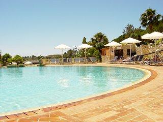 Townhouse In Santo Antonio Villas, Golf And Spa Resort (aka Parque da Floresta),