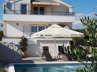 4*Studio Appartement Sun    - Luxus-Pool für Sie allein ohne andere Gäste
