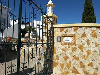 Beautiful Villa T3 - ' CASA BELAVISTA'- Sea View