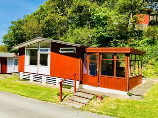 REFURBISHED 2019 Chalet 8 Erw Porthor, Happy Valley, Snowdonia - Tywyn/Aberdovey