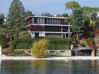 Villa Dolcevita waterfront villa with private pool