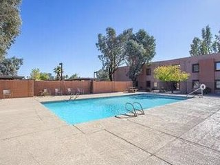 Best location! Your Private, Fully Furnished Apartment in Tempe