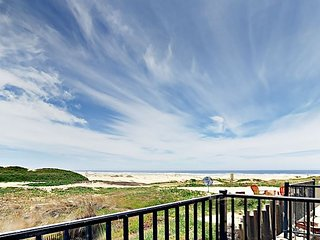 Unobstructed Ocean & Dune Views - 3BR w/ Game Room & 3 Decks, Near Beach